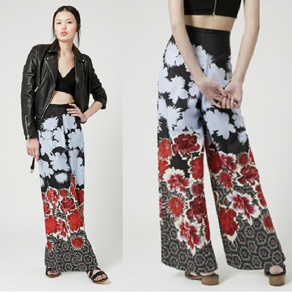 899ea16d4c Topshop Dark Floral Wide Leg Trousers. M 5a3d87078af1c5262b02f6a0